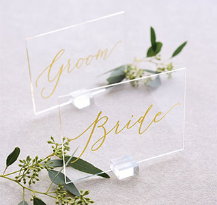 36161-Clear-Gold-Foil-Bride-Groom-Signs-m1.jpg