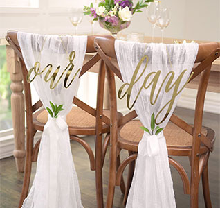 44257-Our-Day-Gold-Chair-Signs-Set-m1.jpg