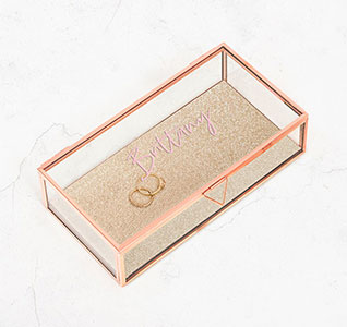4590-56-1312-147-01-Personalized-Rose-Gold-Jewelry-Box-Name_m1.jpg