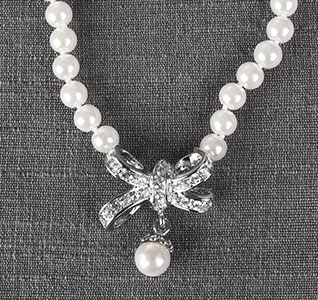 84A-Glamour-Wedding-Necklace-m1.jpg