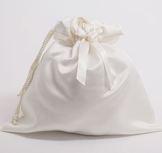 A01075MM-Calla-Lily-Wedding-Money-Bag-IVO-m.jpg