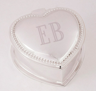 A92254_Beaded_Heart_Initials_Jewelry_Box_m1.jpg