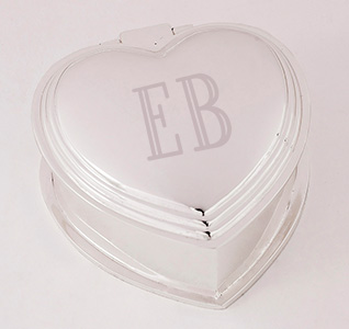 A92257_Heart_Initials_Jewelry_Box_m1.jpg