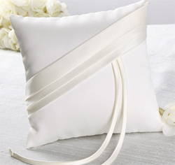 Audrey-Ring-Pillow-m1.jpg