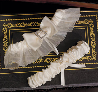 Beverly-Clark-Duchess-Collection-Garter-Set-m.jpg