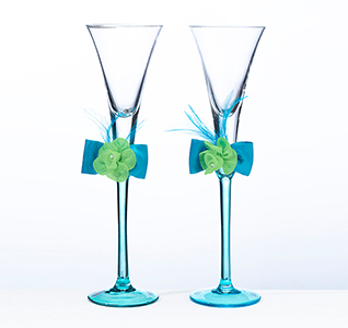 Wedding Toasting Flutes with Flowers