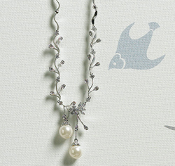 Cubic Zirconia Branches with Pearl Silver Necklace