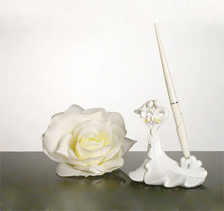 Bride-Groom-Calla-Lily-Pen-M.jpg