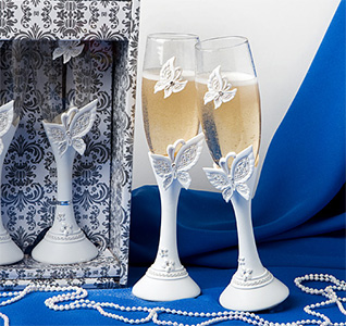 Butterfly-Design-Toasting-Flutes-m.jpg