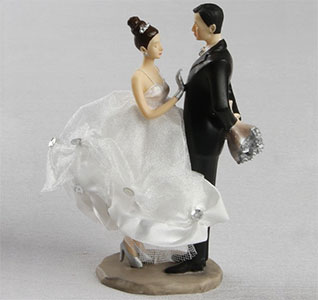 Caucasian Wedding Cake Bride And Groom Caketop Figurine