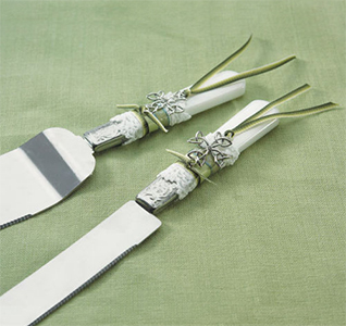 Celtic Charm Green and White Wedding Cake Knife and Serving Set
