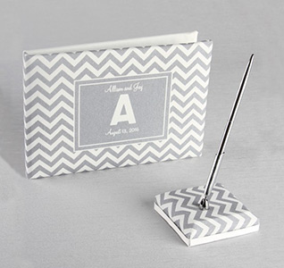 Chevron-Canvas-Guest-Book-and-Pen-Set-m.jpg