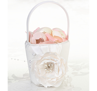 Chic-&-Shabby-Flower-Basket-m.jpg