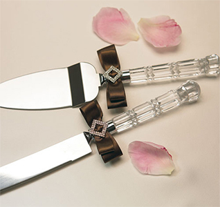 Chocolate and Strawberry Cream Cake Wedding Cake Knife and Serving Set in Pink and Brown
