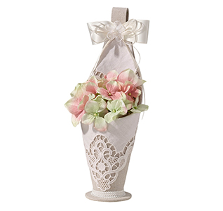 Country-Lace-Flower-Basket-m.jpg