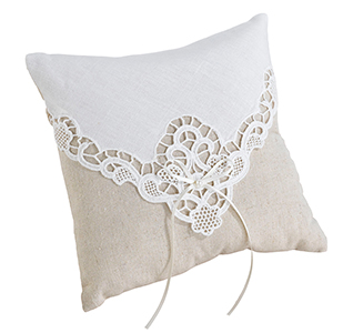 Country-Lace-Ring-Pillow-m.jpg