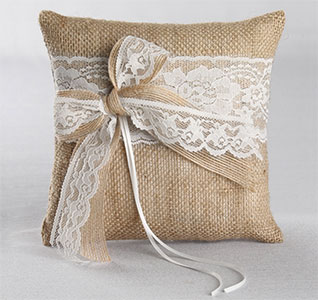 Country-Romance-Ring-Pillow-m.jpg
