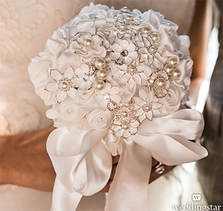Couture-Brooch-Bridal-Bouquet-M1.jpg
