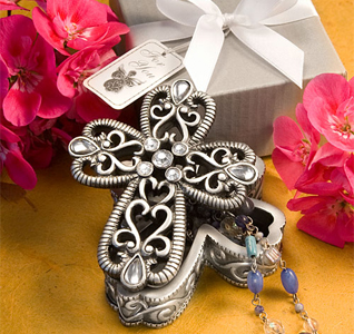 Cross-Design-Curio-Boxes-From-The-Heavenly-Favors-Collection-M.jpg