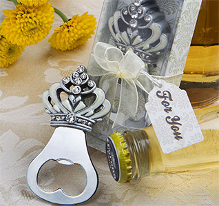 Crown-Design-Bottle-Opener-Favors-m.jpg
