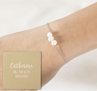 Custom-Three-Pearl-Bridesmaid-Bracelet-box-m.jpg
