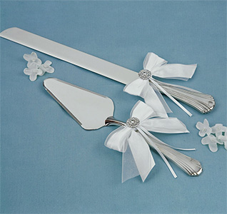 Delicate Allure White and Silver Wedding cake Knife and Server Set