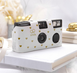 Disposable-Camera-Gold-Hearts-Design-m.jpg