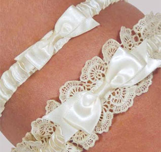 Elenor Lace Wedding Garter