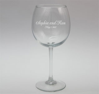 Engraved-Connoisseur-Red-Wine-Glass-m.jpg