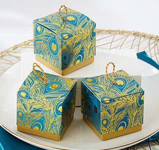 Feathers-Foil-Favor-Boxes-m.jpg