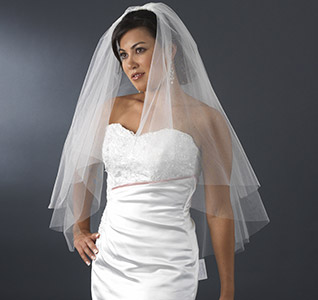 Fingertip-Length-Bridal-Veil-m.jpg