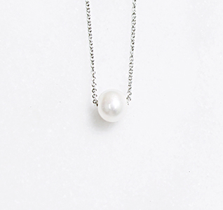 Floating-Freshwater-Pearl-Silver-Necklace-m.jpg