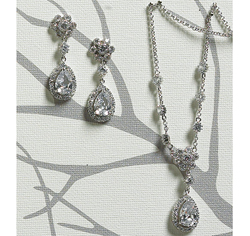 Flower & Pear Silver Drop Jewelry Set Necklace and Earrings