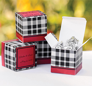 Gingham-Floral-Favor-Boxes-M.jpg