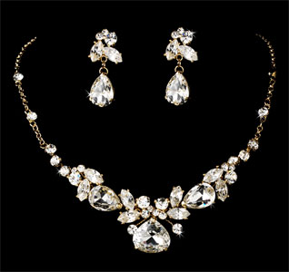 Gold-Bridal-Jewelry-Set-m.jpg