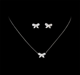 Gorgeous-Silver-Butterfly-Necklace-Earrings-Set-m.jpg