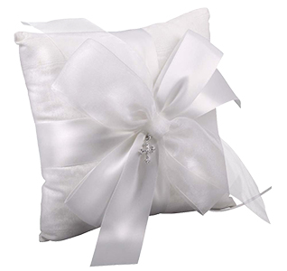 Grace-Ring-Pillow-m2.jpg