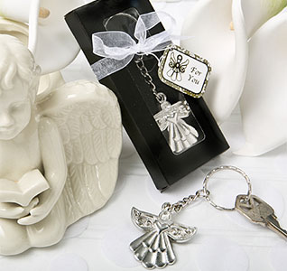 Guardian-Angel-Key-Ring-Favor-m.jpg