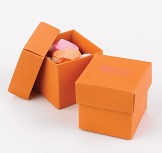 HH-Favor-Boxes-Orange-m.jpg