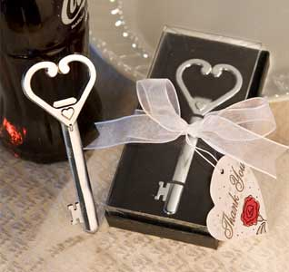Heart-Key-Bottle-Opener-M.jpg