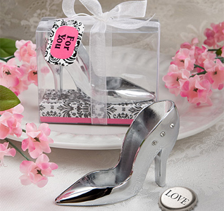 High-Heel-Shoe-Design-Bottle-Openers-M.jpg