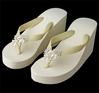 High-Wedge-Flip-Flops-with-Leaf-Accents-Ivory-m.jpg