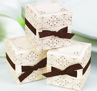 Ivory Ribbon Weave Favor Boxes
