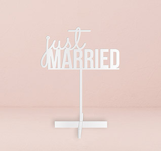 Just-Married-Acrylic-Sign-White-m.jpg