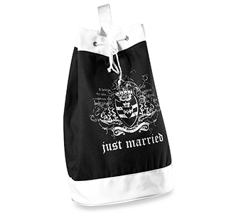 Just-Married-Beach-Bags-m3.jpg