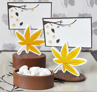 Leaf-Favor-Boxes-Designer-Place-Cards-m.jpg
