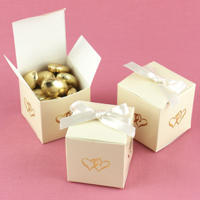 Ivory Wedding Favor Boxes on The Heart Ivory Favor Boxes   Hearts Favor Boxes   Ivory Favor Boxes