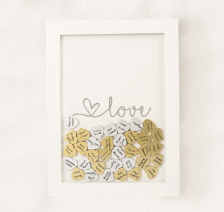 Love-Heart-Drop-Guestbook-m.jpg