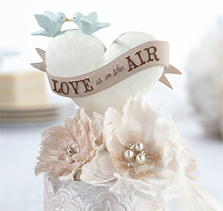 Love-Is-In-The-Air-Caketop-m.jpg