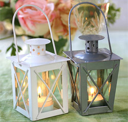 Luminous Mini-Lanterns for Wedding or Party Table Decor in White or Silver